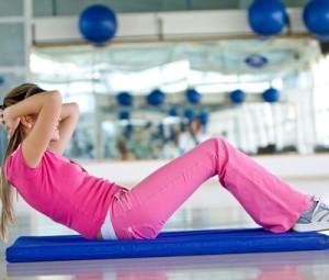 Tři účinné cviky na břicho