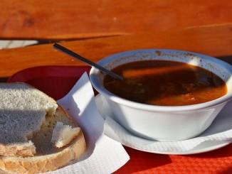 Houbový guláš - recept
