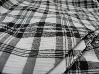 Jak se zbavit žmolků z oblečení?