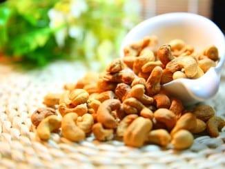 Co obsahují jednotlivé ořechy?