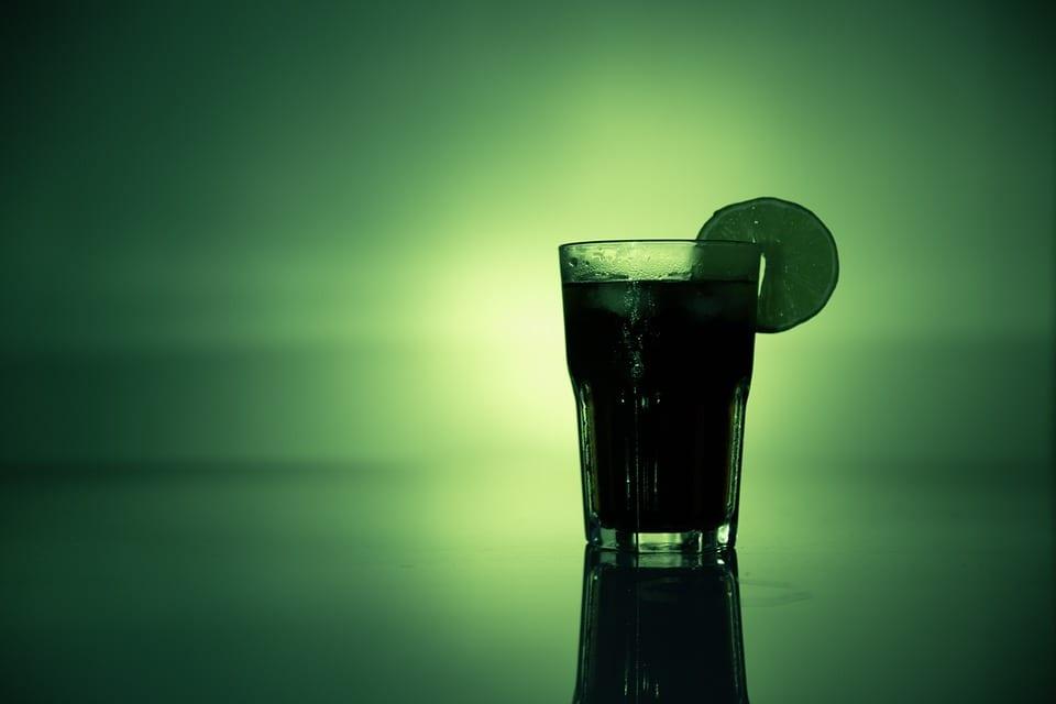 Jak připravit rumový punč s pomeranči?