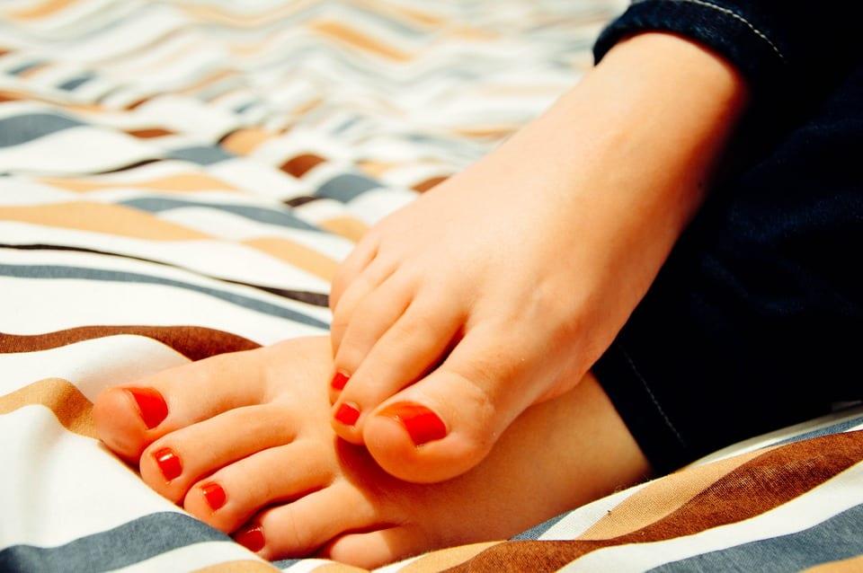 Jak předcházet křečím v nohách?