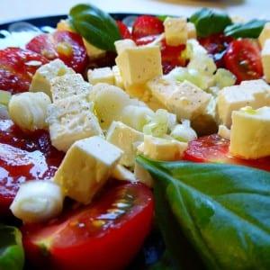 Jak udělat šopský salát?