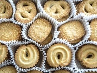 Jak udělat domácí máslové sušenky s mandlemi?