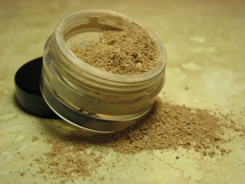 Co je minerální kosmetika?