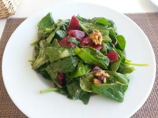 Jak udělat salát z červené řepy?