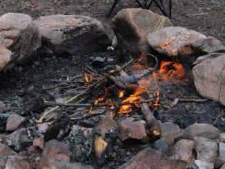 Jak bezpečně rozdělat oheň