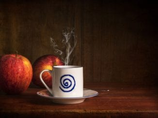 Jak udělat horký cider s jablkem?