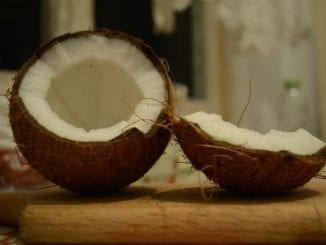 Jak vyrobit domácí kokosové mléko?