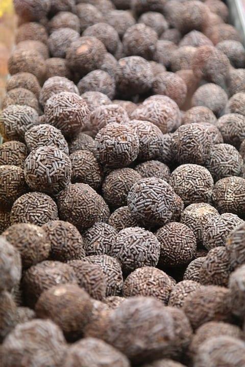 Jak udělat kakaové kuličky s mákem?
