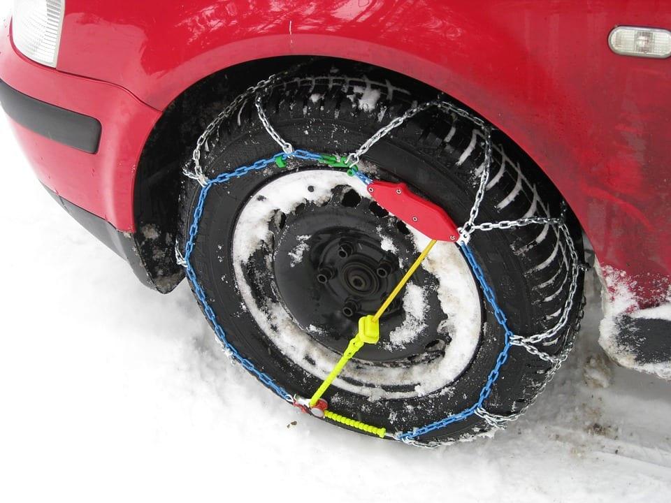 Jak vybrat sněhové řetězy na osobní auto?