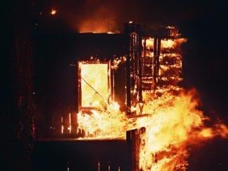 Co dělat, když vám doma hoří?