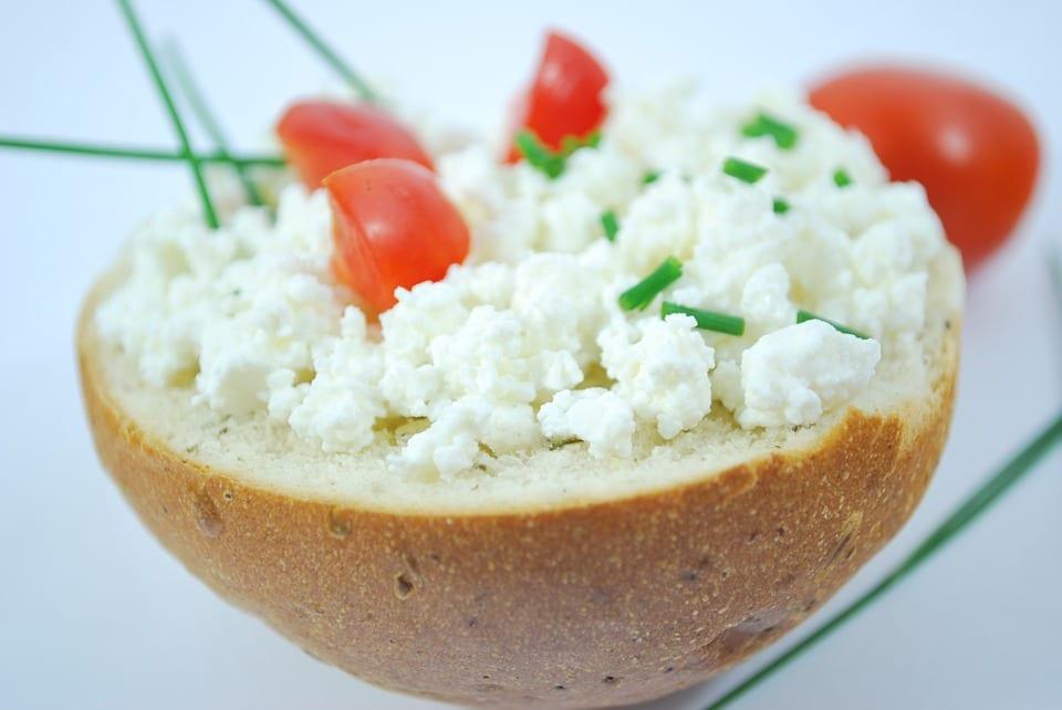 Jak udělat domácí pivní sýr?