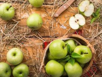 Jak udělat salát s jablky?