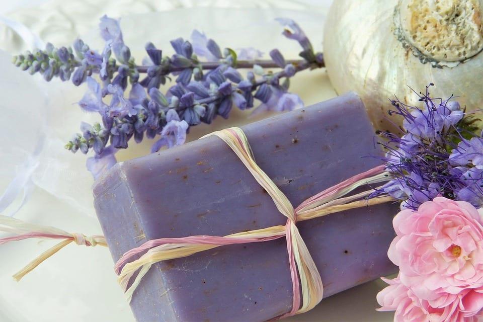 Jak vyrobit bylinkové mýdlo?