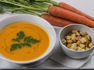 Jak udělat mrkvovou polévku se zázvorem?