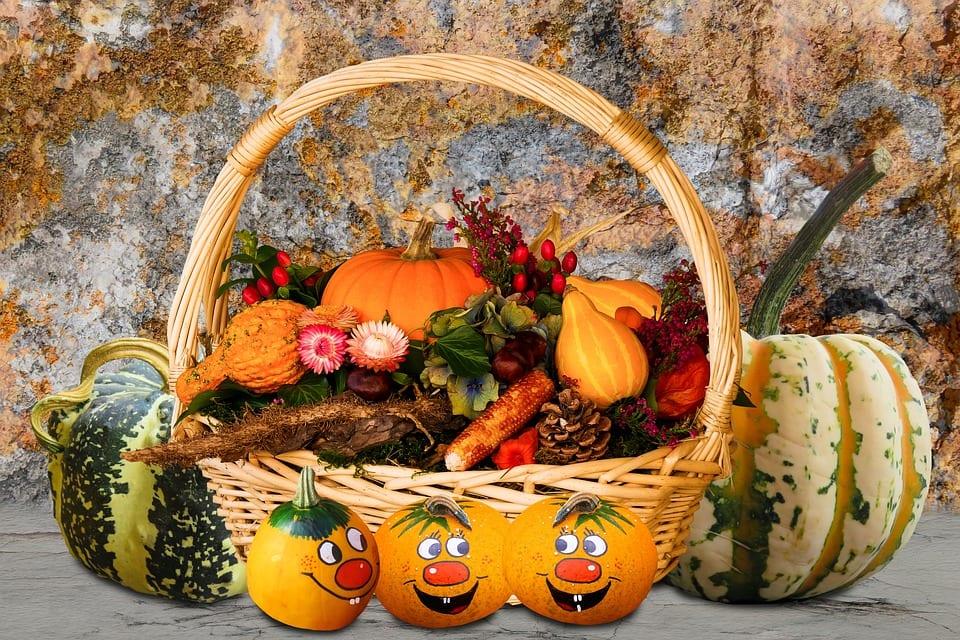 Jak vyrobit podzimní dekorace na stůl?