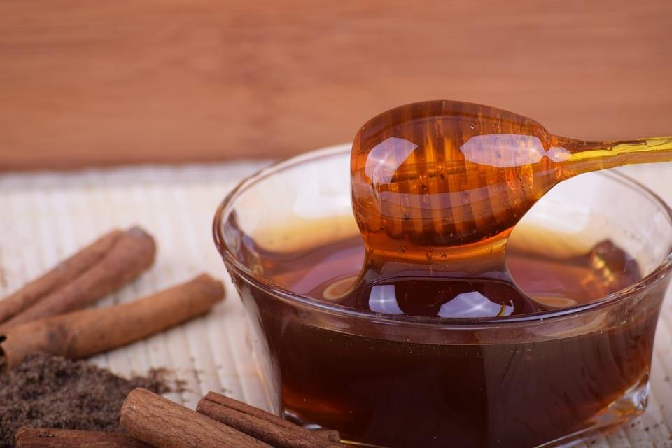 Jaké jsou druhy medu podle zdroje?