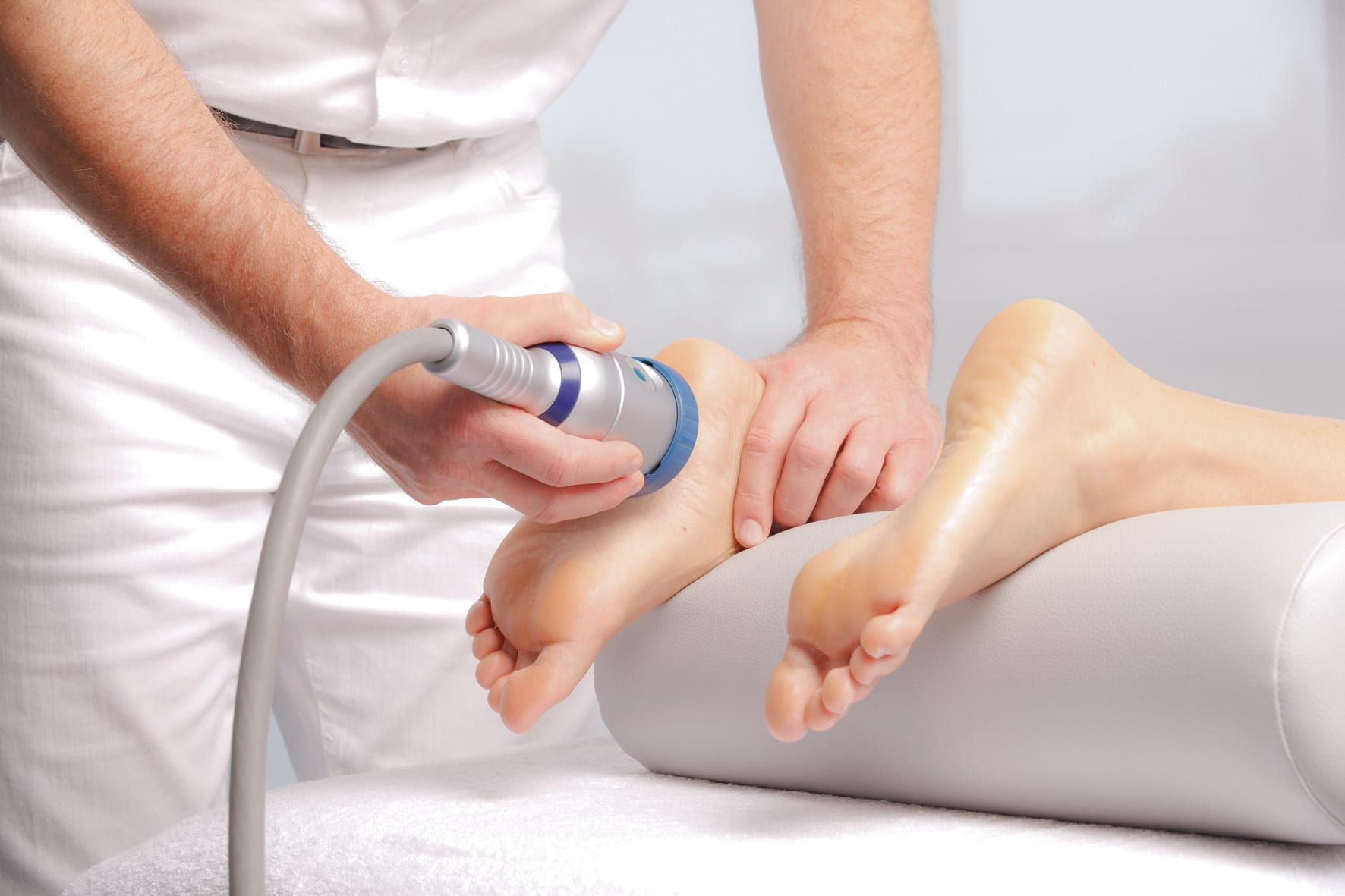 Trápí vás nepříjemné bolesti pohybového aparátu? Vyzkoušejte osvědčené metody rehabilitace