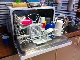 Které nádobí nepatří do myčky?