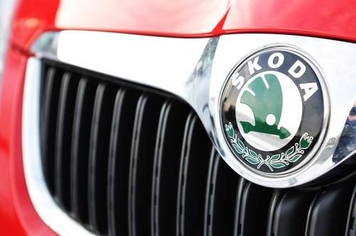 Spolehlivost za přijatelnou cenu, aneb proč si koupit auto Škoda