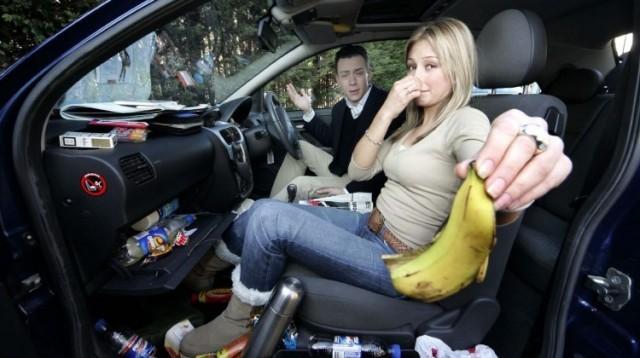 Trápí vás nepříjemný zápach ve vašem vozidle?