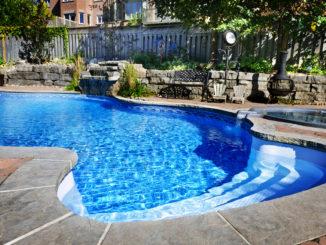Bazény zapuštěné vydrží desítky let. Výroba bazénů je zahájena