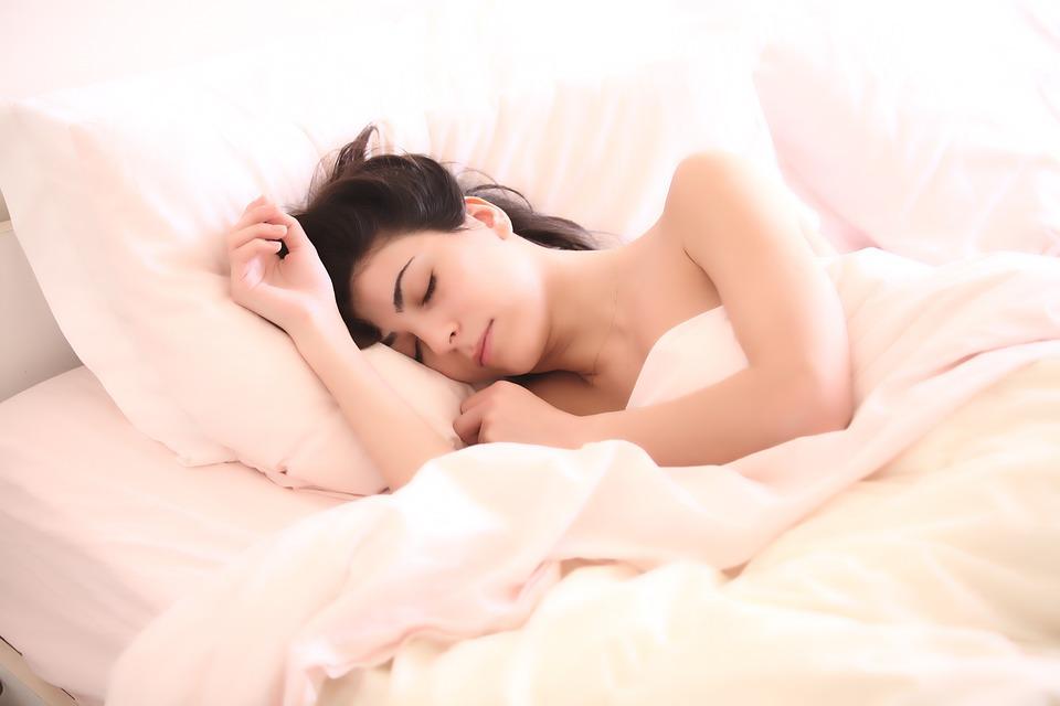 Jaké bylinky vám pomohou zlepšit spánek?