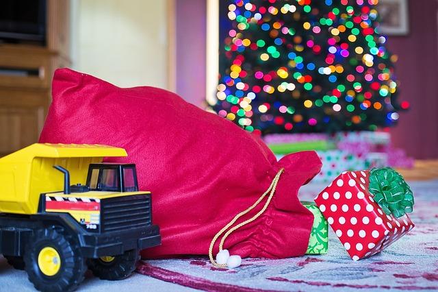 Ušijte vlastnoručně vánoční dárky