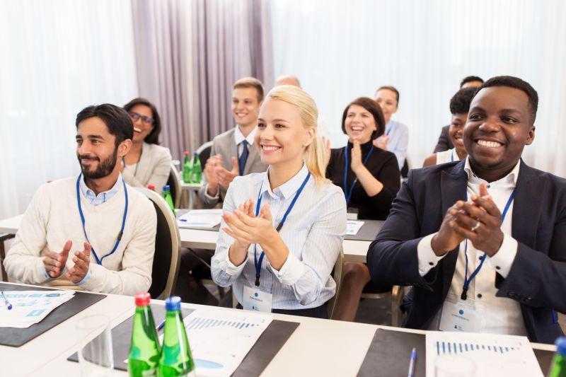 Jak uspořádat konferenci? 4 praktické tipy, díky kterým se vám to povede