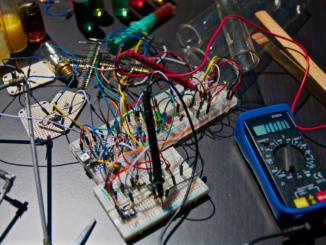 Co je to průmyslový konektor a jak se používá?