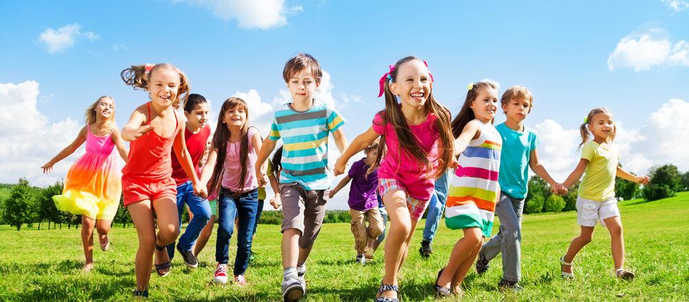 Vyžeňte děti od obrazovek! Hřiště přímo před domem si zamilují