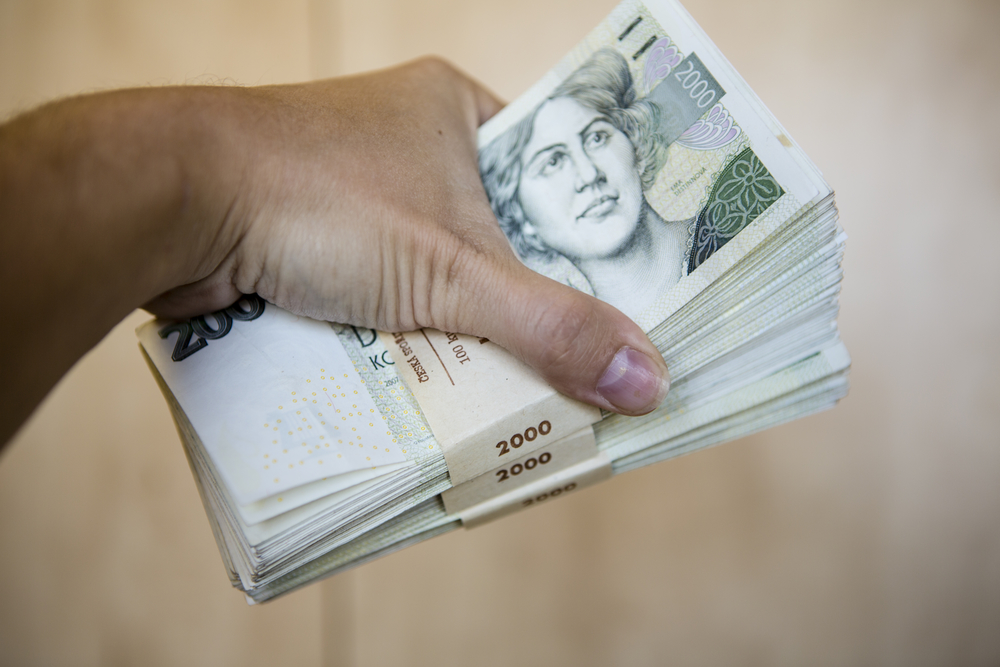 Bankovní a nebankovní půjčka. Které dát přednost?
