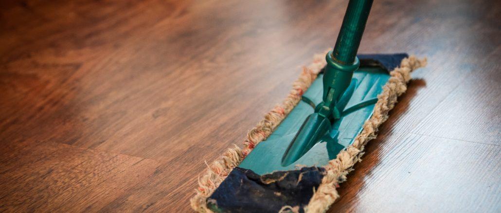 Jak správně postupovat při úklidu pokoje? Tyto tipy oceníte