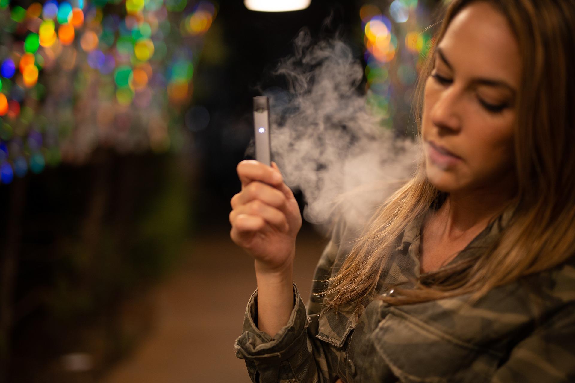Vaporizér nebo elektronická cigareta?