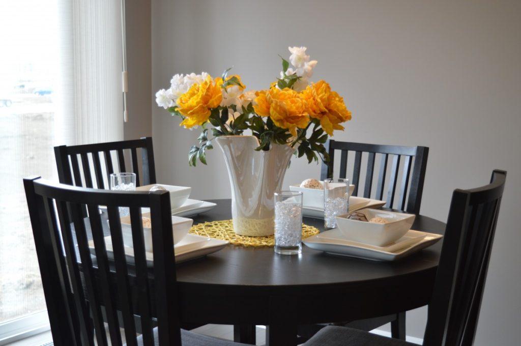 Máte rádi vůni řezaných květin? Víme, jak oddálit jejich uvadnutí