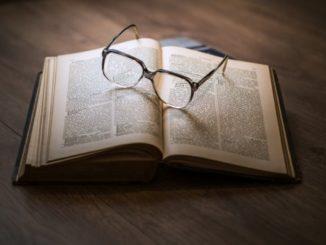 Několik způsobů, jak zachránit poničené brýle