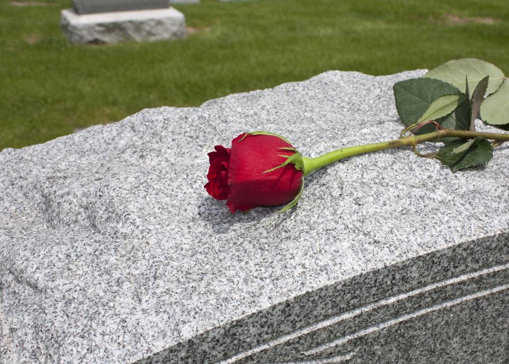 Jak upravit hrob, aby se stal důstojným vzpomínkovým místem?