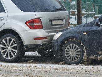 Odškodnění dopravní nehody v pracovní době: víte, jak postupovat?