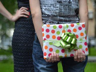 Co darovat ženě k výročí nebo narozeninám